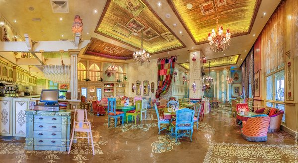shakespeare-and-co-at-the-pearl-qatar-interior