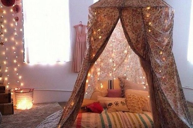 17-cosy-reading-nooks-to-get-you-through-the-wint-2-30118-1422287762-6_dblbig